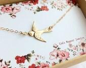 14k Gold Filled Swallow Bird Necklace / Bird Necklace / Sideways Bird Necklace /Sparrow Bird Necklace / Graduation Gift, Everyday Wear