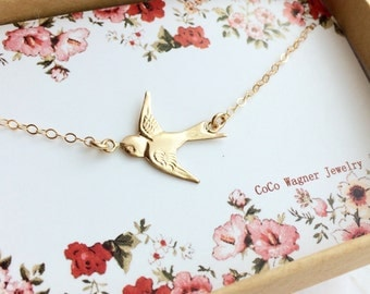 14k Gold Filled Swallow Bird Necklace / Bird Necklace / Sideways Bird Necklace /Sparrow Bird Necklace / Graduation Gift, Everyday Wear