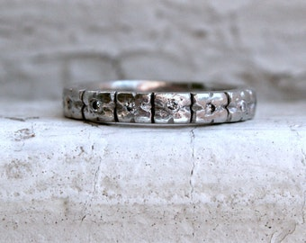 Lovely Vintage Diamond and Floral Bloom Eternity Platinum Wedding Band - 0.30ct.