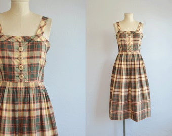 Vintage 1940s Dress / 40s L'Aiglon Madras Plaid Cotton Sundress with Full Gathered Skirt / Green Beige Red