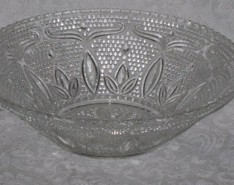 """Clear Glass Fruit Serving Bowl Heritage Pattern Federal 10 1/2"""""""