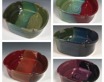 Custom Pottery casserole dish -scalloped edge baking pan- Choose Color- 1.5 quart casserole- 48oz. Baking pan-ceramics - pottery - stoneware