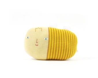 Bee, soft knitted toy, yellow