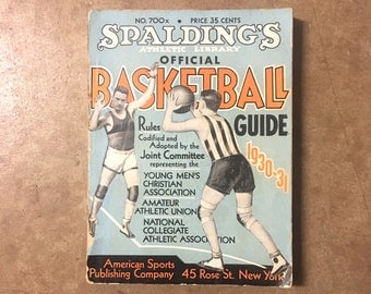 1930-31 SPALDING'S BASKETBALL GUIDE - American Sports Publishing Company // Sports memorabilia // Collectible