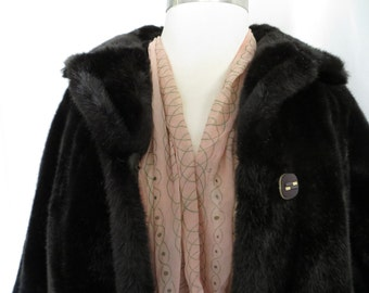 Vintage 70s womens faux fur jacket, ladies fur coat, brown faux fur jacket, winter coat jacket