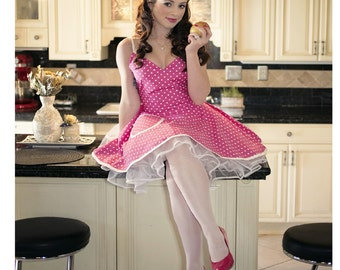 Retro Apron Fuchsia and White Polka Dots Circular Skirt Bridal Shower Apron- Bridal Apron- Costume Apron