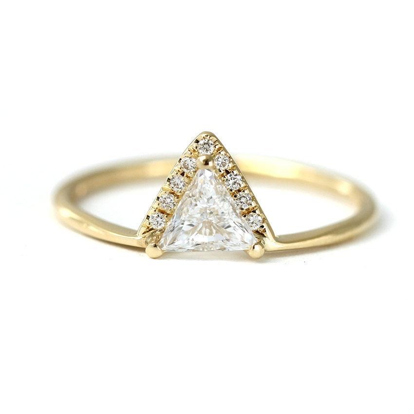 Triangle Diamond Ring Trillion Diamond Engagement Ring 0 3