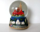 "Vintage San Francisco musical Snow Globe, ""I left my Heart"", Golden Gate Bridge, Cable Car, gift idea"