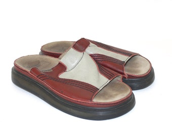 Doc Martens Shoes Sandals . Dr. Martens 1990s Oxblood Gray Leather Slip On Sandal . Fabulous Docs . UK size 7 . Made in England