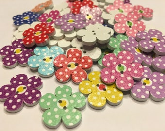 5 assorted wood polka dot flower button mix, 20 mm (B3)