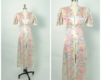 Vintage 1940s 40s Robe Peignoir Dressing Gown Rayon Floral Print