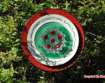 Glass Yard Art Holly Berry Flower Garden Plate Sculpture for Outdoor Decor