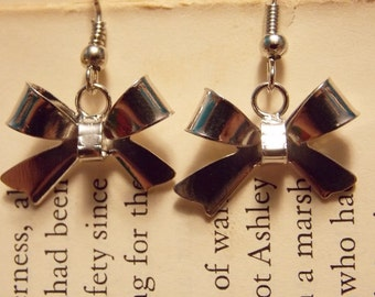 Bow Charm Earrings
