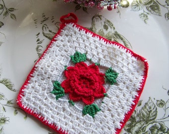 Vintage Rose Hot Pad, Hot Pads, Vintage Linens, Vintage, Antique Linens, Antique Kitchen Decor, Kitchen Potholders, Kitchen Items, Roses