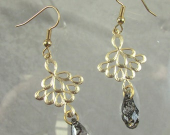 Swarovski crystal and Gold plate earrings