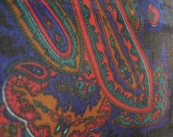 vintage 1970s scarf paisley polyester made in Italy 30 x 30 inches