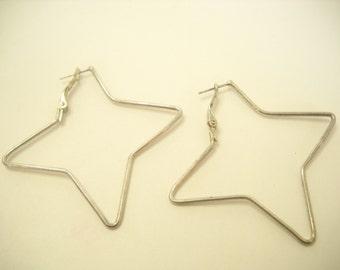Vintage Silver Tone Star Pierced Earrings (6437)