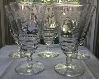 Set of 5 Water Goblets Clear Etched Stemware
