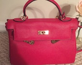 Beautiful vintage Kelly style bag