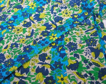 Vintage Vera All Linen Tablecloth . Birds Flowers Blue Green Yellow . Scarves by Vera label