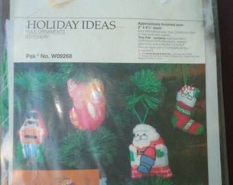 Vintage Unused Unopened Bernat Holiday Ideas Yule Christmas Stitchery Stamped Fabric Ornaments Christmas Tree Christmas Decorations