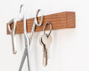 Magnetic key holder, key rack, wall-mounted tool organizer, walnut key rack