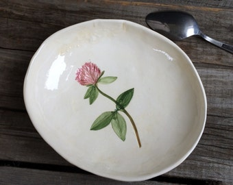Wild clover Ring Bowl, clover ring dish, clover Soap Dish, clover spoon rest, Tea Bag holder, cape cod pottery, gift for mom