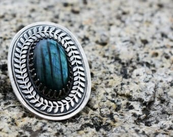 Labradorite Laurels Cabochon Ring - Dark Forest - Sterling Silver Statement Ring - Floral Band - Size 9 1/2