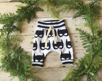 Batman Batmask Baby Joggers Baby Leggings Baby Pants Baby Sweatpants Baby Shower Gift Harem Pants Boys Joggers Baby Sweats Unisex Baby Gift