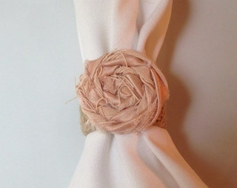 Shabby Chic Burlap and Peach Rosette Napkin Ring, Peach Weddingn, Wedding Napkin Rings, Country Wedding, Rustic Wedding, Vintage Burlap