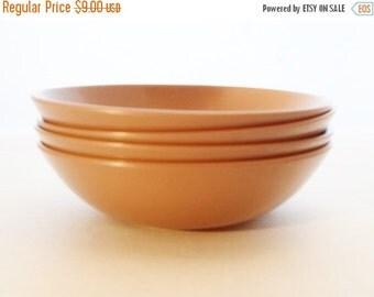 ON SALE Vintage Set of Four Brown Milmac Berry Bowls, Plastic, Patio, Summer