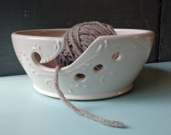 Wide Yarn Bowl, Crochet, Knitting, White, present, gift, Christmas, IN STOCK, ready to ship