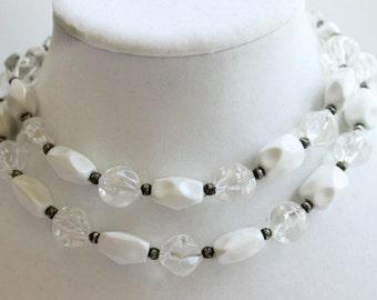 Vintage White Beaded Necklace, Retro Costume Jewelry, Circa 1960's