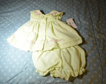 Vintage Outfit for Baby Girl in Mint Green Size 3 Months
