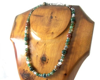 Vintage Agate Necklace, Agate Choker, Agate Bead Necklace, Green and Brown Necklace