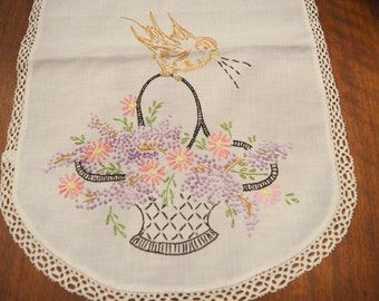 "Embroidered 40"" Table Runner Dresser Scarf Vintage"