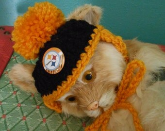 Pittsburgh Steelers Dog Hats or Cat Hats Crocheted with Pompom, Football Team Beanie   X Small or Small