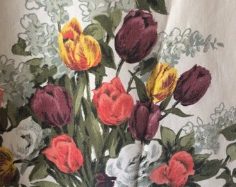 pair of vintage curtains white with tulips
