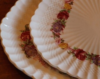 "Copeland Spode ""Rose Briar"" Inner Floral Band Pattern 2/7896 Basketweave Embossed Rim English Ironstone Set of Two Square Luncheon Plates"
