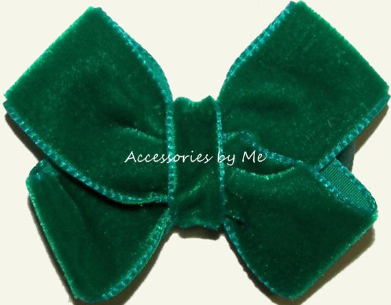 Velvet Baby Bow Clip Girls Toddler Infant Accessories Clippie Fancy Dressy Christmas Festive Holiday Recital Pageant Wedding Party Occasions