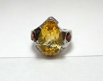 Yellow Citrine and Garnet Ring/ Sterling Silver Genuine Pear Shaped Yellow Citrine and Garnet Ring with Diamonds