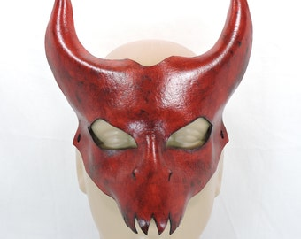 Diablo Mask - Red -  Leather Halloween Cosplay Costume Devil Demon with Horns Bull