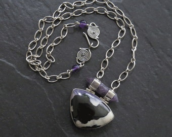 Silver Chain Necklace with Tiffany Stone and Amethyst Pendant
