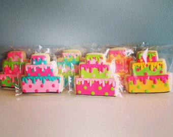 Polka Dot drippy birthday cake cookies