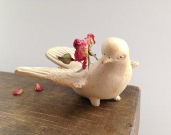 Vintage dove figurine Off white dove figurine White pigeon flower holder Wedding Home decor gift