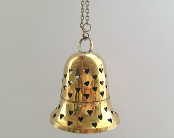 Vintage Brass candle holder Hanging Brass candle holder Tea light holder Brass bell candle holder Holiday home decor Scandinavian Christmas