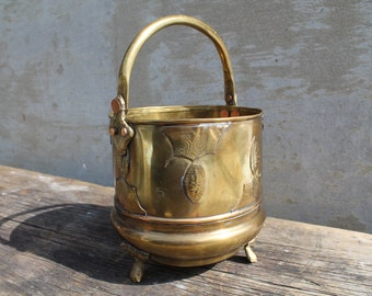 Vintage Brass Three Foot Bucket with Movable Handle, Ornate Bucket, Pencil Holder, Paint Brush Holder
