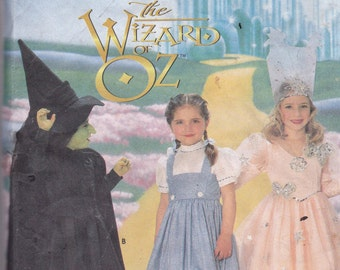 Simplicity 7801 Wizard of Oz Costume Pattern Dorothy, Glenda, Witch, Little Girls SIze 3,4,5,6,7,8 UNCUT
