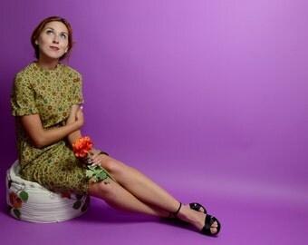 60s Green Novelty Print Butterfly Shift Dress Short Sleeve Knee High Dress // XS Small