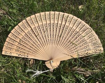 """Sandelwood Fan for Wedding, 8"""" Hand Fan, Ivory Tan Natural Wood Fan, Outdoor wedding, Beach wedding, Wedding Favor, Party Favor, Ceremony"""